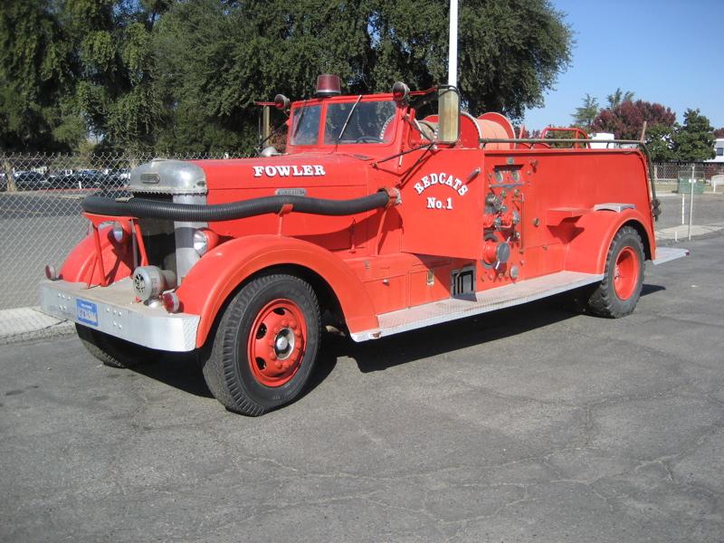 1951 Van Pelt Pumper Fire Truck Seats 12