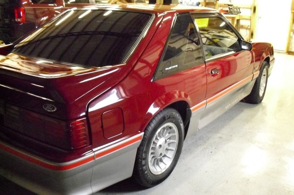 1988 ford mustang gt with just 24k miles. Black Bedroom Furniture Sets. Home Design Ideas