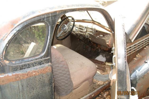 1938 Cadillac LaSalle Coupe Interior