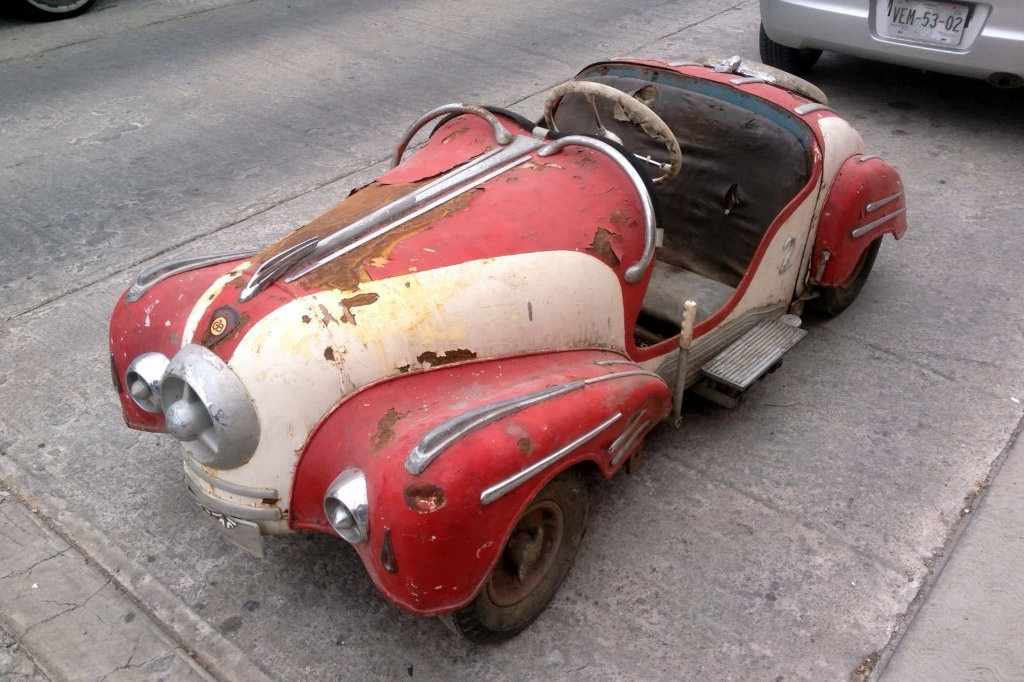 Tiny And Rare Classic: 1938 Ihle