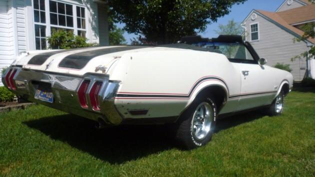 1970 Oldsmobile Cutlass Y74