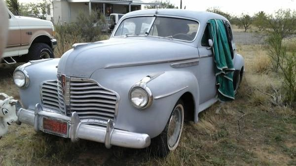 Sleepy Sleeper: 1941 Buick Sedan