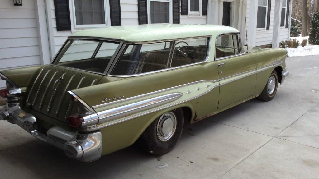 Going On A Safari 1957 Pontiac Star Chief