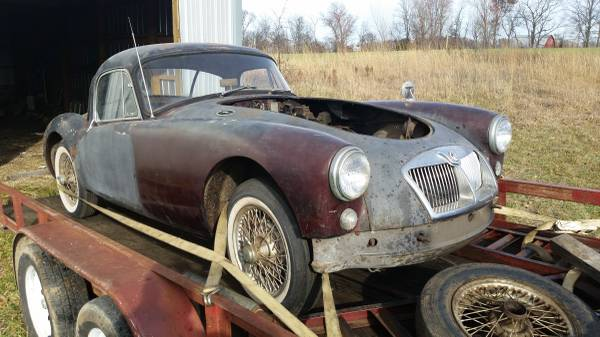 '59 MGA coupe front right