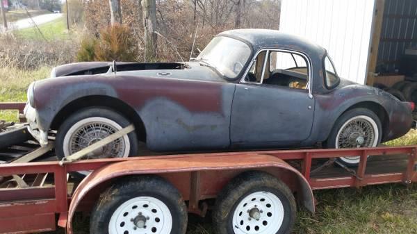 '59 MGA coupe left side