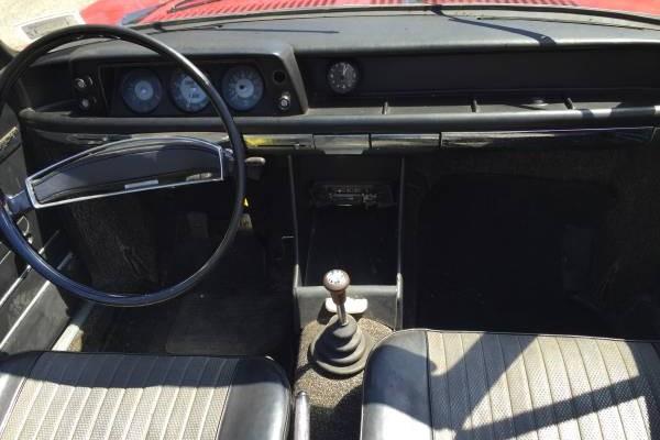 drop top 1969 bmw 1602 baur cabriolet. Black Bedroom Furniture Sets. Home Design Ideas