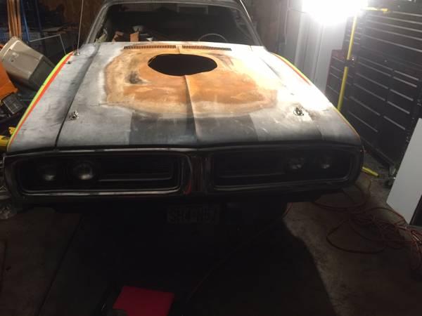 '71 Charger hood