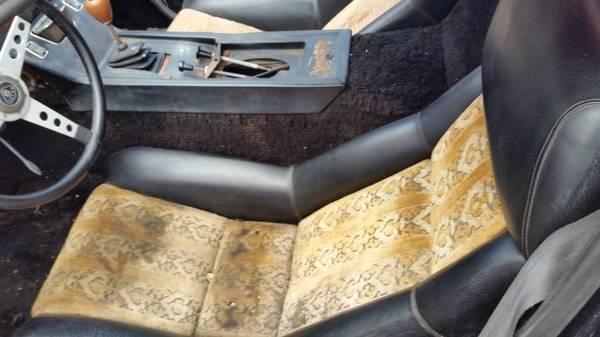 Crazy Upholstry