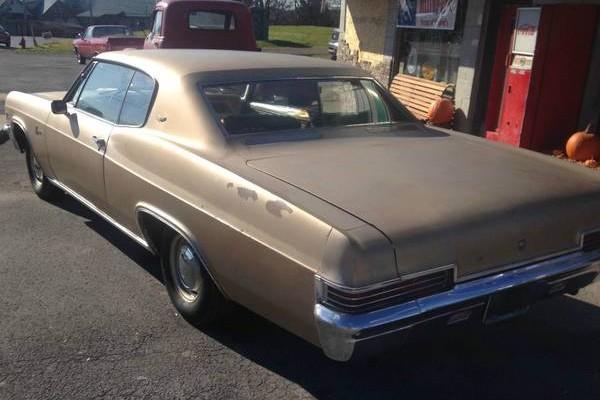 Right Combo: 1966 Chevrolet Caprice