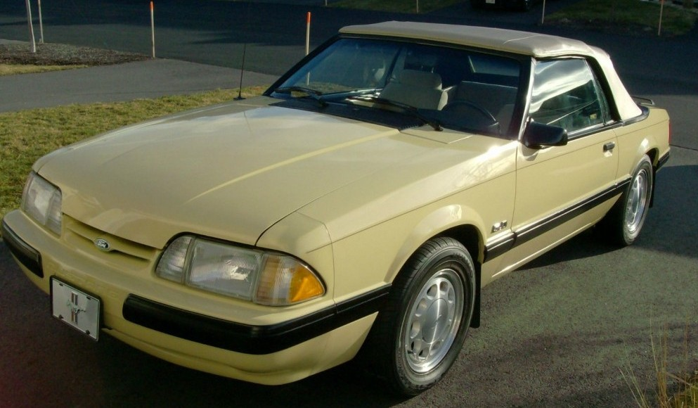 Stock Lx Convertible 1988 Ford Mustang