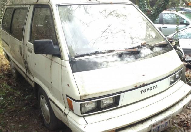 Wagon Oddity: 1984 Toyota TownAce