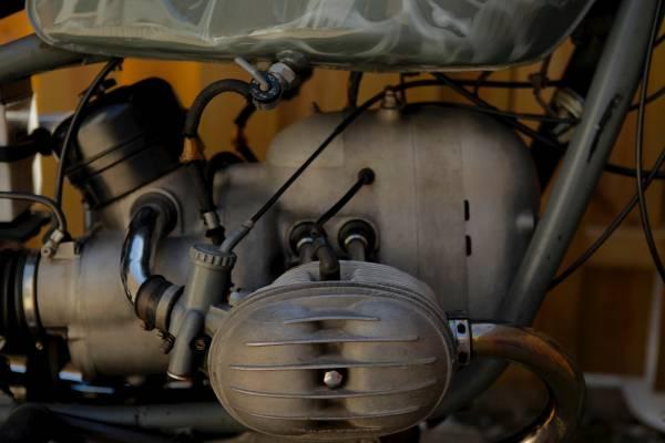 '69 R250 2 engine