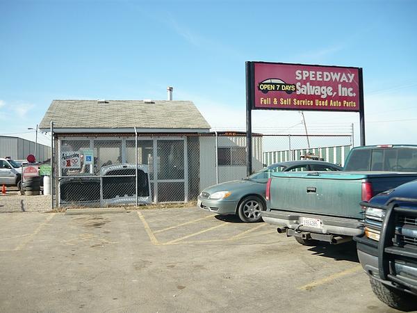 Speedway Auto Salvage >> Junk Yard Tour Madison Illinois