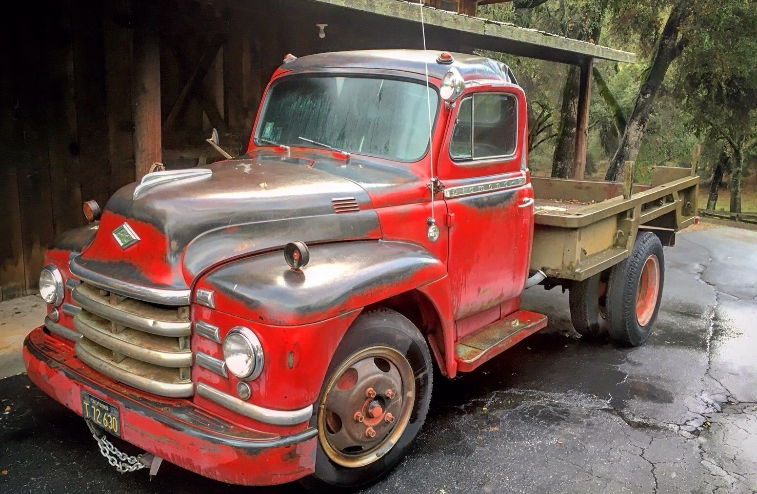 Red Roughneck: 1953 Diamond T Pickup