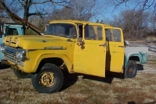 Four Doors And A Bed: 1960 Ford F250 4x4