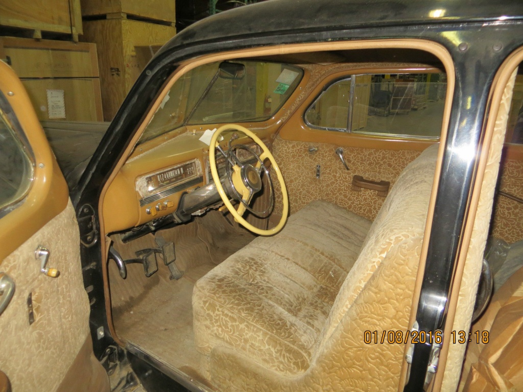 a present from stalin 1947 zis 110 limo. Black Bedroom Furniture Sets. Home Design Ideas