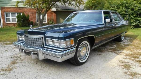 Le Grand Bateau 1976 Cadillac Fleetwood