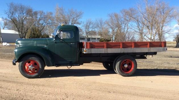 Half Ton Truck >> Former Farm Truck: 1948 International Flat Bed
