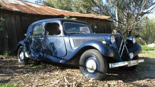 Am I Blue? 1955 Citroen Traction Avant 11 B