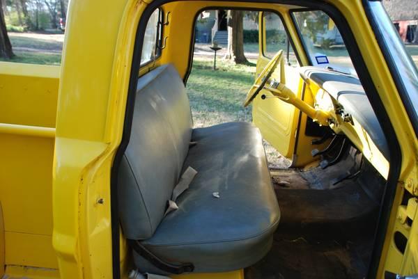030316 Barn Finds - 1967 Ford F100 Stepside 3