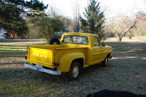 030316 Barn Finds - 1967 Ford F100 Stepside 4