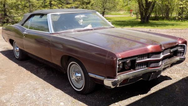Blinking Beauty: 1970 Ford XL Convertible
