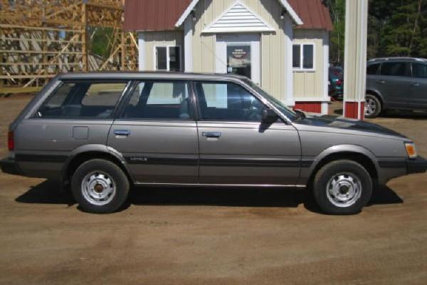 031016 Barn Finds - 1990 Subaru Loyale 1