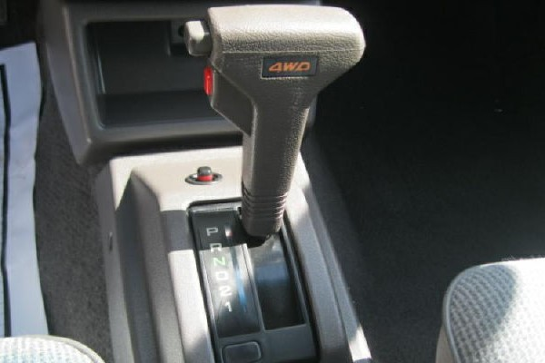 031016 Barn Finds - 1990 Subaru Loyale 5