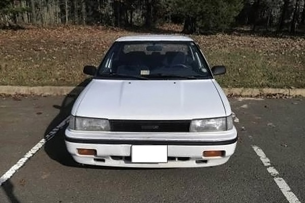 031016 Barn Finds - 1990 Toyota Corolla 2
