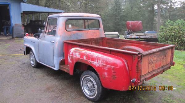 031216 Barn Finds - 1960 International Pickup 3
