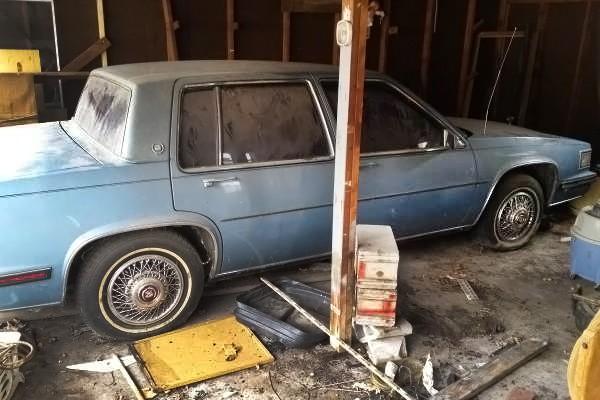 031416 Barn Finds - 1985 Cadillac 1