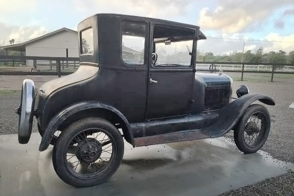 031716 Barn Finds - 1927 Ford Model T 4