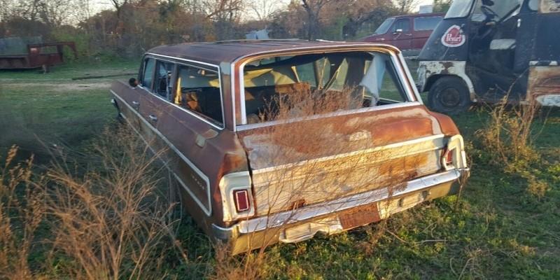 031716 Barn Finds - 1964 Chevrolet Impala wagon 5