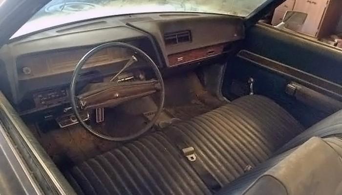 031916 Barn Finds - 1972 Ford LTD 5