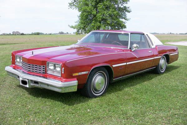 032316 Barn Finds - 1977 Oldsmobile Toronado 1