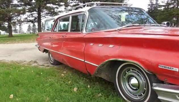 033016 Barn Finds- 1960 Buick Invicta Wagon - 7