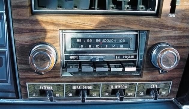 033016 Barn Finds- 1975 Oldsmobile wagon - 6