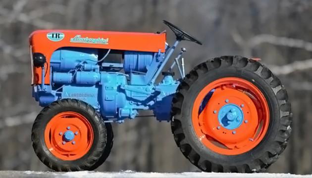033016 Barn Finds- 19XX Lamborghini 1R Tractor - 5