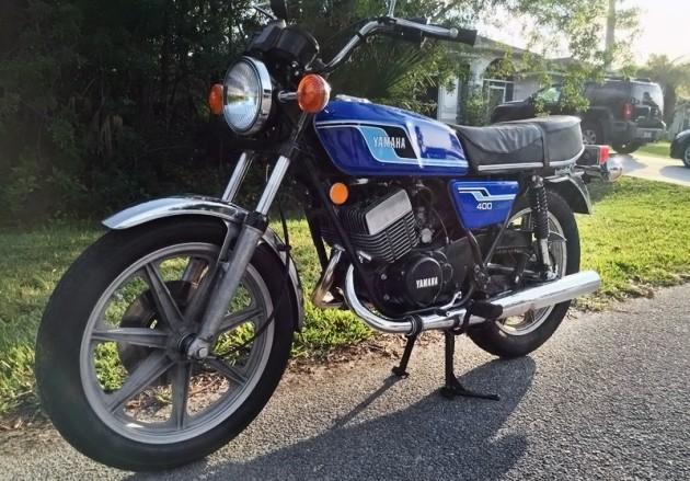 040316 Barn Finds- 1977 Yamaha RD400 - 3