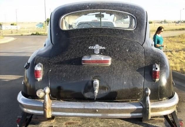 040516 Barn Finds - 1948 Chrysler - 4