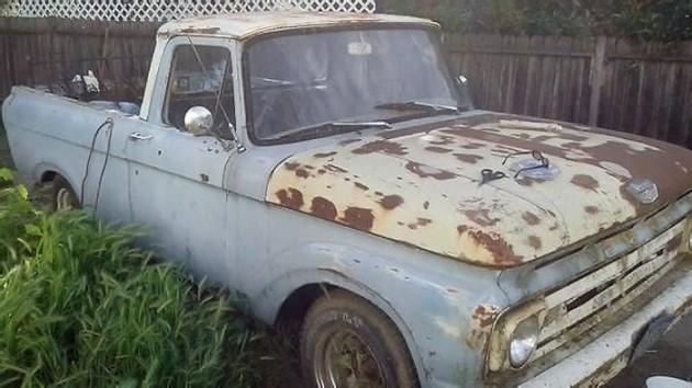 040916 Barn Finds - 1961 Ford Unibody - 1