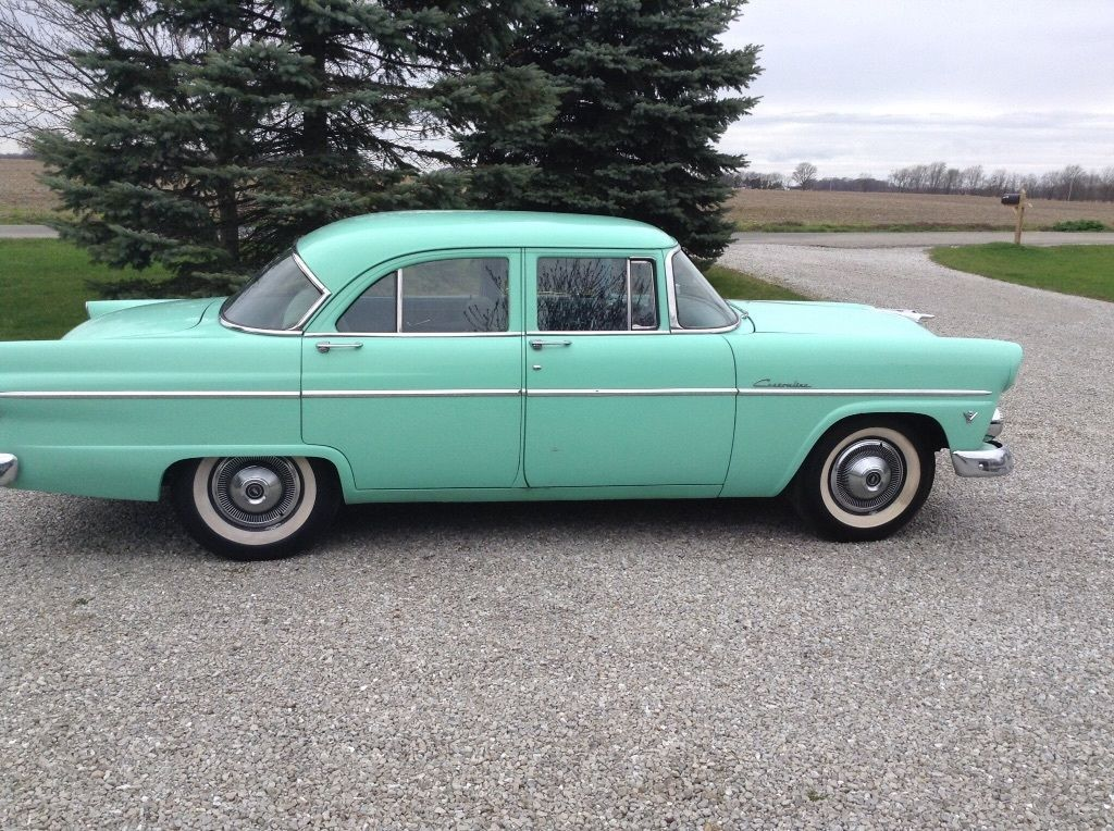 We love ford 39 s past present and future 1955 ford for 1955 ford customline 2 door