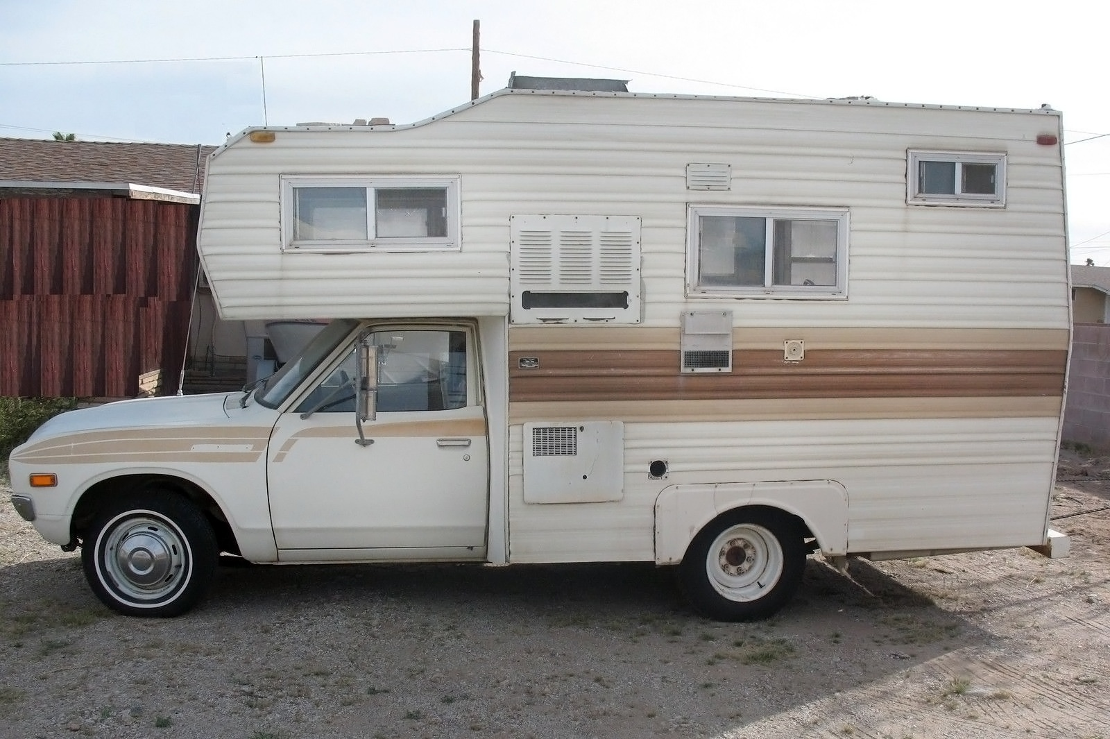 Faded Glory 1978 Datsun 620 Mini Motorhome