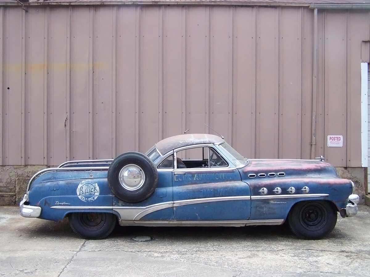 Big Tow 1950 Buick Roadmaster Custom Wrecker