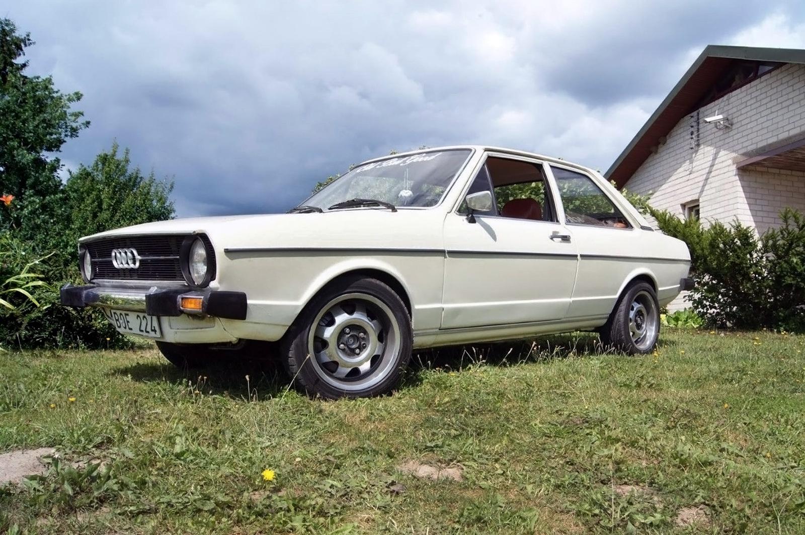 Foxy Lady 1975 Audi 80 L