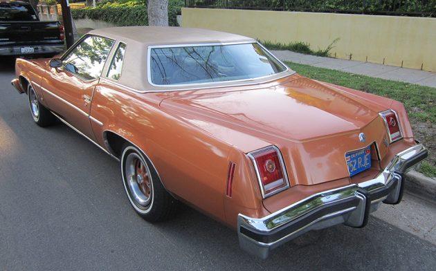 041516 Barn Finds - 1977 Pontiac Grand Prix - 3