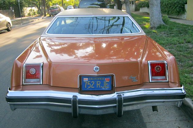 041516 Barn Finds - 1977 Pontiac Grand Prix - 6