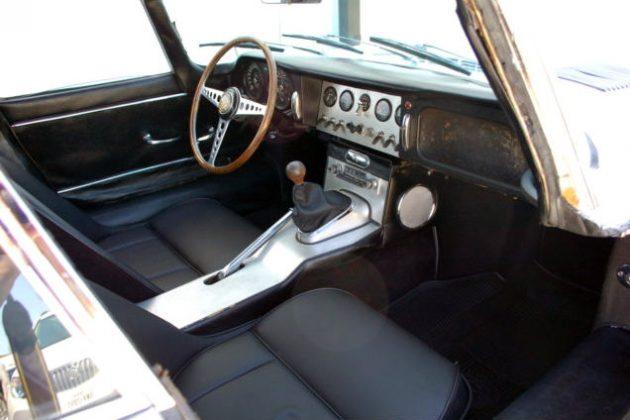 1962 Jaguar E-Type Interior