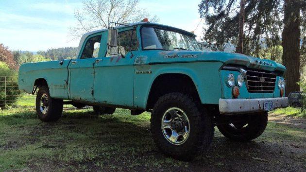 Long Wagon: 1965 Dodge W200