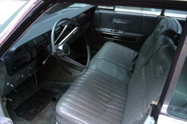 1965 Lincoln Continental Interior